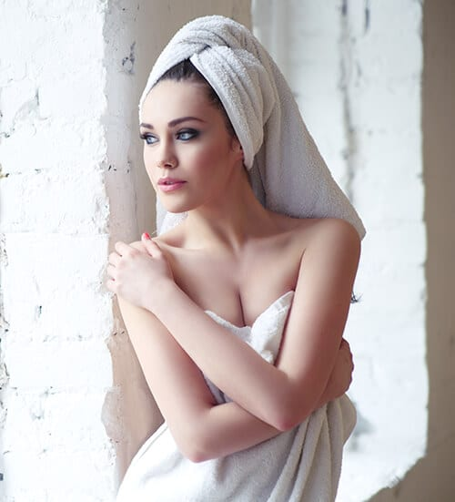 อาบน้ำด้วยครีมอาบน้ำ Ease Shower Cream สะอาดสดชื่น ผิวขาวกระจ่างใส ผิวสุขภาพดี
