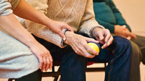 ผู้สูงอายุมีความเสี่ยงต่อการเป็นโรคอัลไซเมอร์