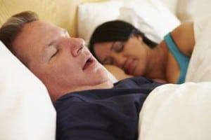 การนอนกรนเสียงดัง แสดงถึงความเสี่ยงเป็นภาวะหยุดหายใจขณะหลับ