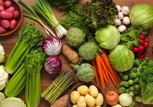 ผักที่ดีต่อร่างกายและถือเป็นอาหารเพื่อสุขภาพ คือ ผักสดใหม่และไม่ใช้สารเคมี