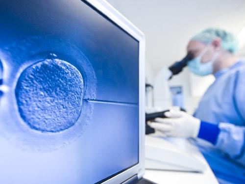 IVF วิธีทำเด็กหลอดแก้ว การผสมเทียมเพื่อช่วยแก้ปัญหามีลูกยาก