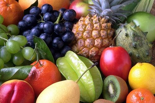 ทานผลไม้หลากสีเพื่อรับวิตามินให้เพียงพอ