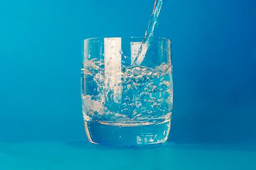น้ำช่วยลดความอยากอาหาร ช่วยลดน้ำหนักได้