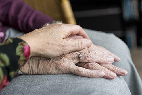 ดูแลผู้สูงอายุด้วยวิตามินเสริม เพื่อเสริมสุขภาพ