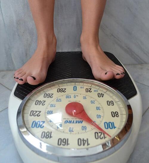 เช็คน้ำหนักเทียบการเผาพลาญของร่างกาย