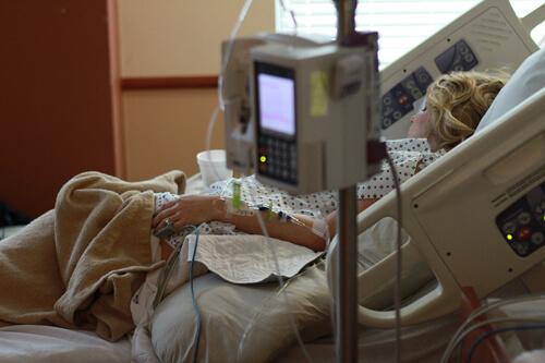 ในแต่ละปีมีคนเสียชีวิตจากโรคมะเร็งจำนวนมาก