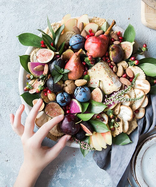 ผักผลไม้จะให้วิตามินและเกลือแร่แก่ร่างกาย