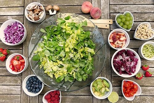 ผักผลไม้ 7 สี ดีต่อสุขภาพ ทำให้ร่างกายได้รับวิตามินและเกลือแร่ครบถ้วน