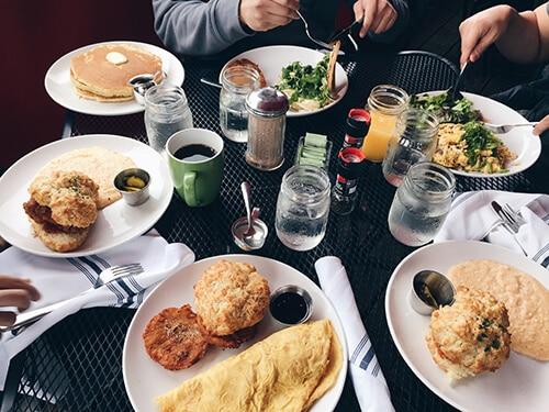การกินให้สุขภาพดี ควรเน้นสารอาหารมากกว่าปริมาณ