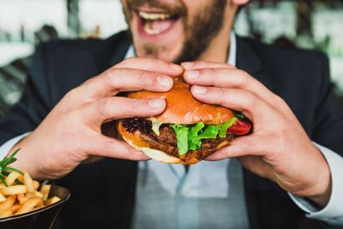 แฮมเบอร์เกอร์ อาหารขยะ ไม่ใช่การกินเพื่อสุขภาพ