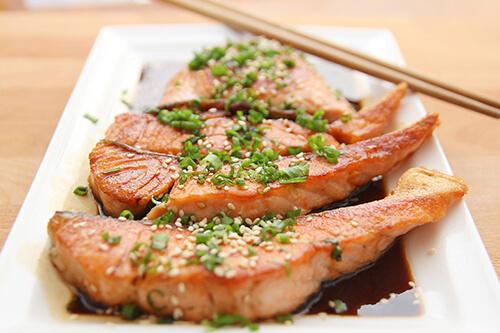 ปลาจะมีไขมันดี (HDL คอเลสเตอรอล)