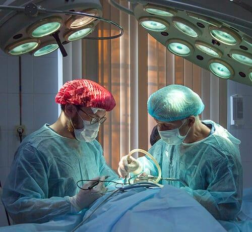 ผู้ป่วยเบาหวานมีโอกาสถูกตัดอวัยวะได้ง่าย เช่น ตัดขาจากการติดเชื้อ