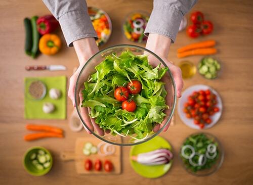 ไม่อยากท้องผูก ควรทานผักผลไม้และธัญพืช
