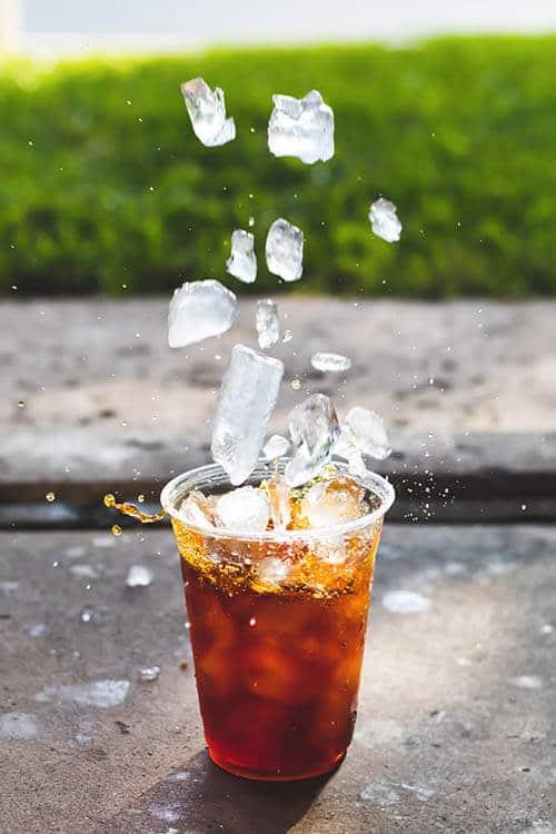น้ำแข็งในเครื่องดื่ม