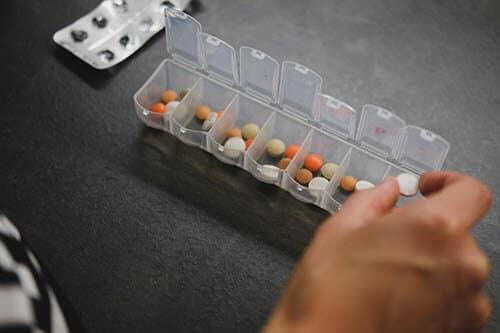 ใส่ใจและให้ความสำคัญกับการทานยา