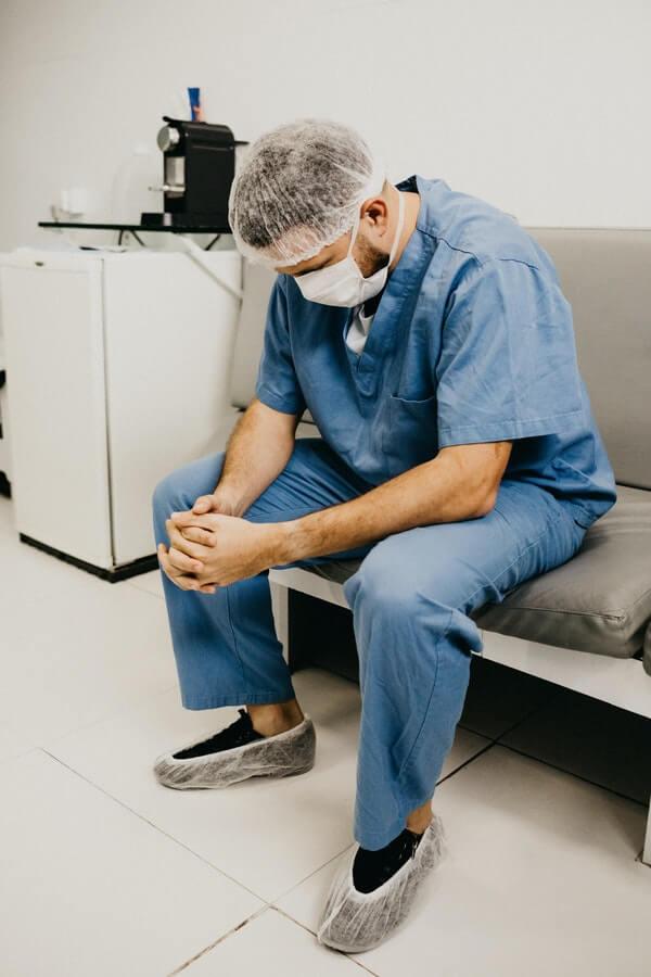 การรักษาที่ทำให้คุณหมออ่อนล้า